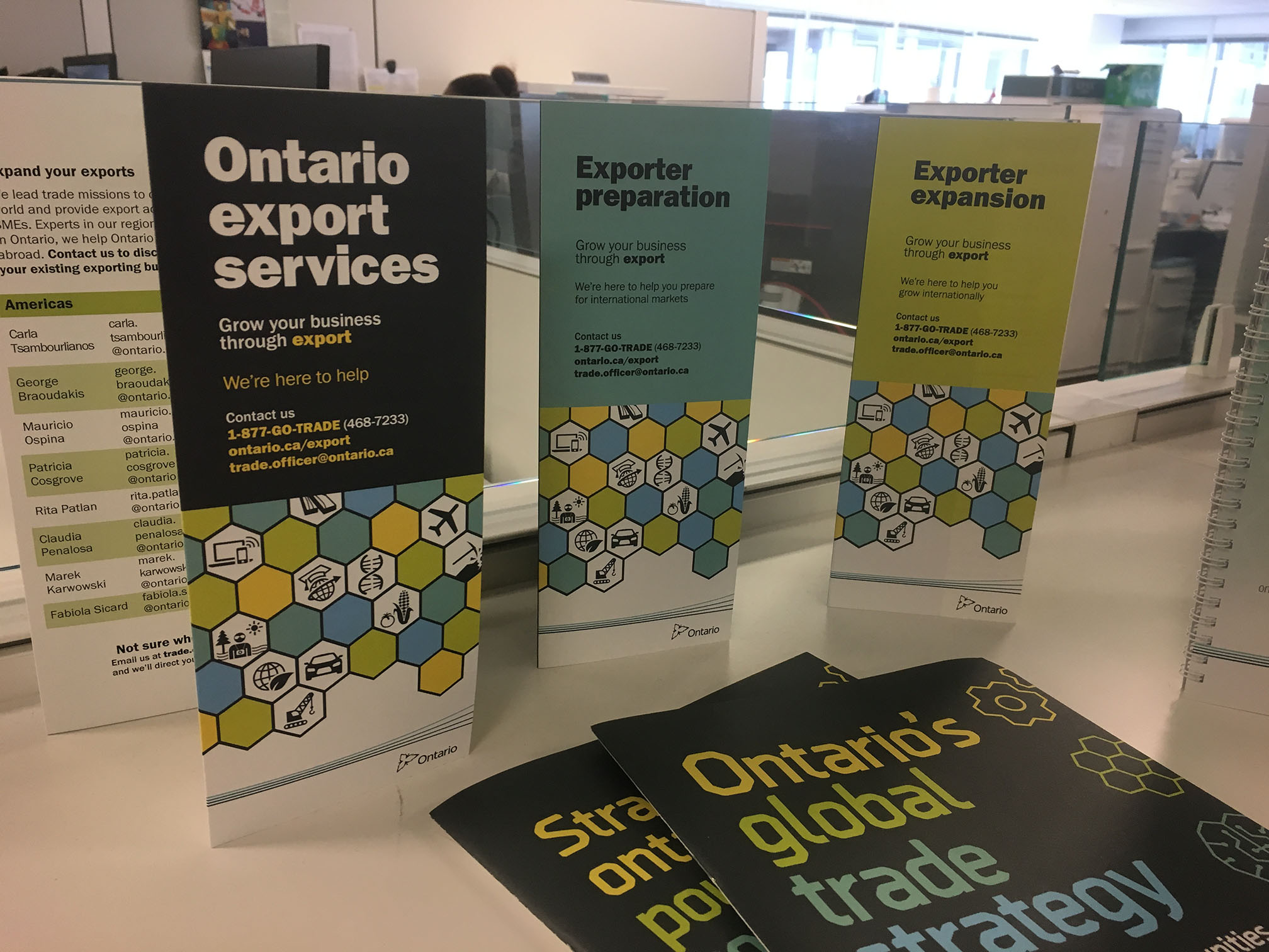 Ontario Ministry of International Trade brochure trio